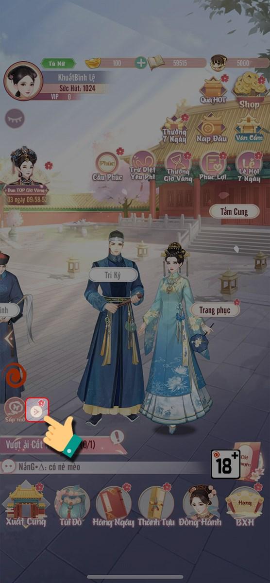 Mở game Phượng Hoàng Cẩm Tú và nhấn vào biểu tượng mũi tên