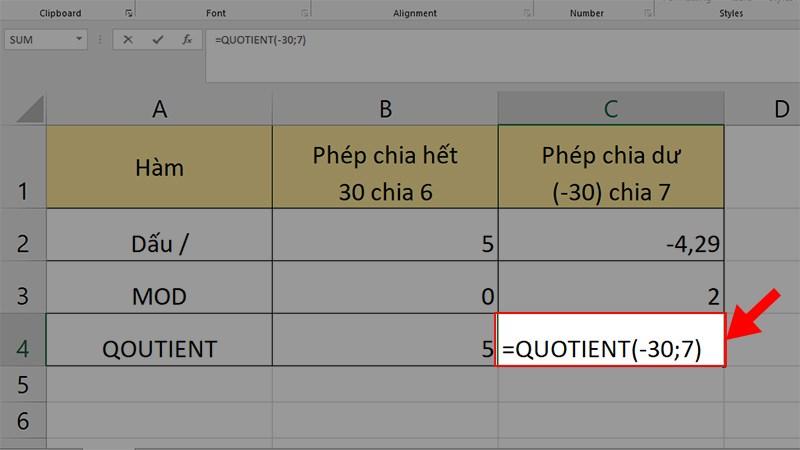 Nhập công thức =QUOTIENT(-30;7) ở ô kế bên