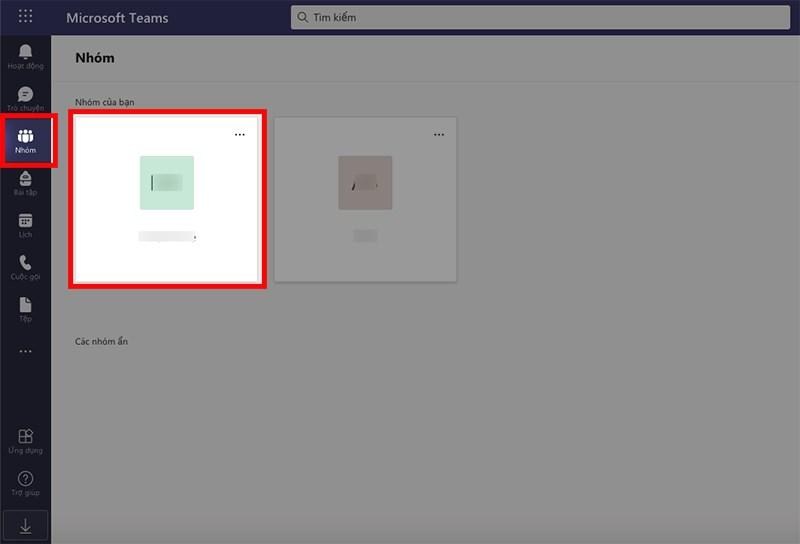 Mở Microsoft Teams trên máy tính, chọn biểu tượng Nhóm ở góc bên phải > Chọn nhóm mà bạn muốn thêm thành viên