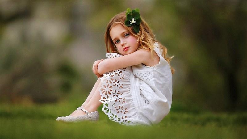 Hình bé gái dễ thương 7 (Kích thước: 1920 x 1080)