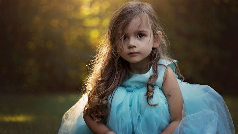 Hình bé gái dễ thương 8 (Kích thước: 1920 x 1080)