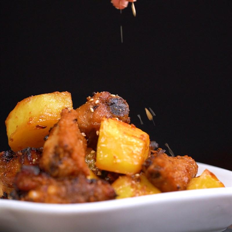Bước 4 Thành phẩm Sườn nướng khoai tây