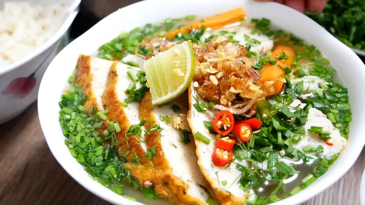 2 cách nấu bánh canh chả cá Nha Trang, Quy Nhơn ngon đúng vị