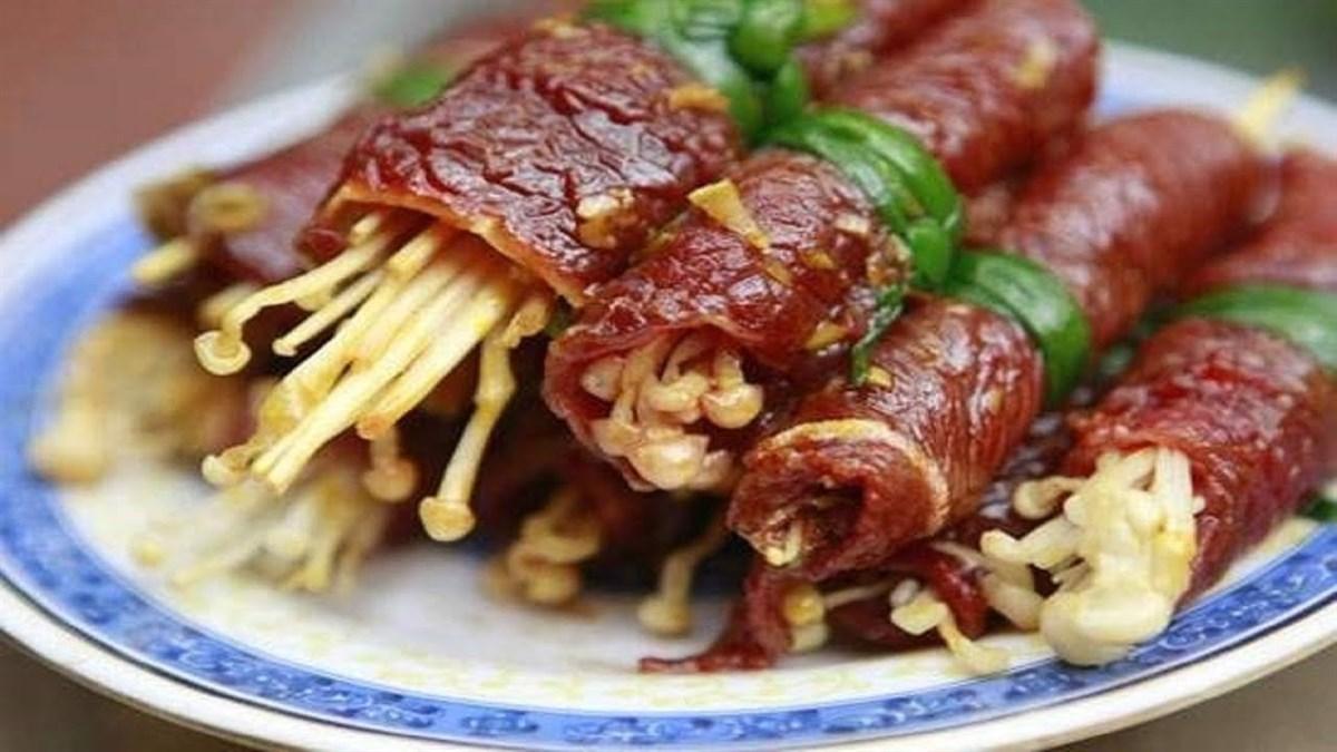 Bò cuộn nấm kim châm nướng
