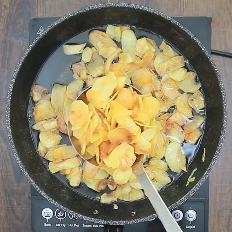 Bước 3 Chiên khoai Snack khoai tây