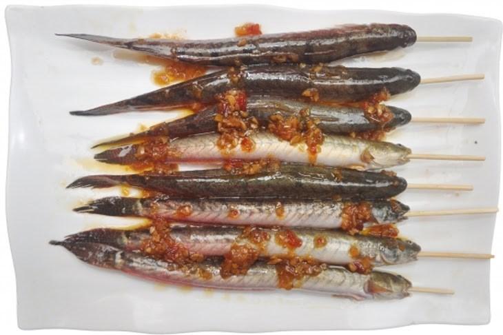 Bước 2 Ướp cá kèo nướng sa tế Cá kèo nướng sa tế