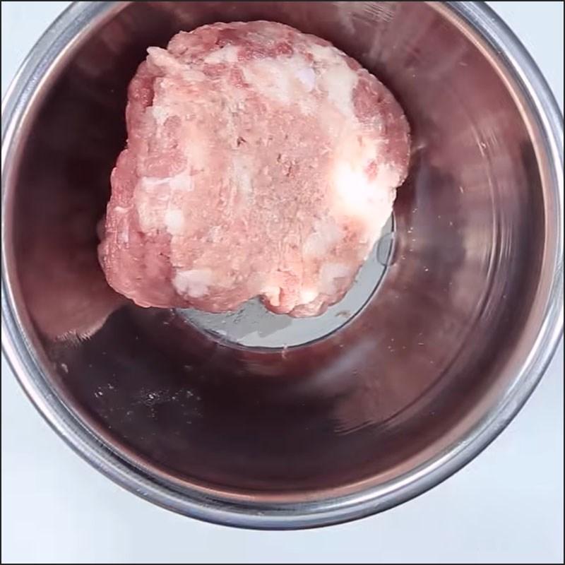 Bước 1 Ướp thịt Thịt viên phô mai đút lò