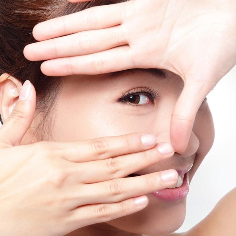 Nước ép dứa bảo vệ và duy trì đôi mắt khỏe mạnh