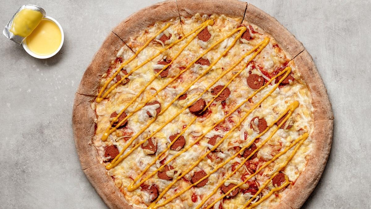 Pizza xúc xích viền phô mai