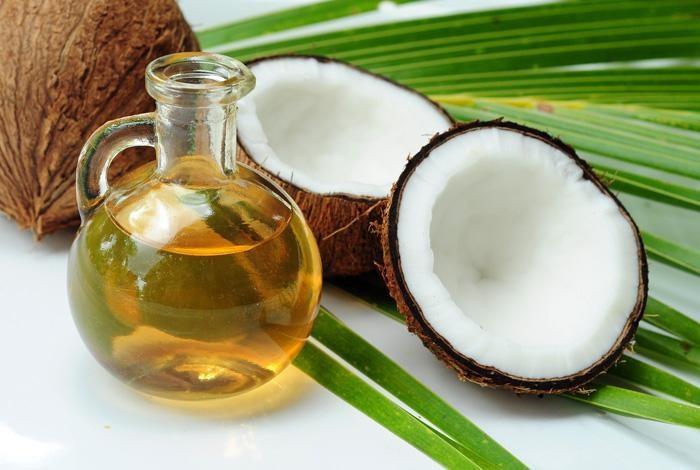 Làm đẹp bằng dầu dừa
