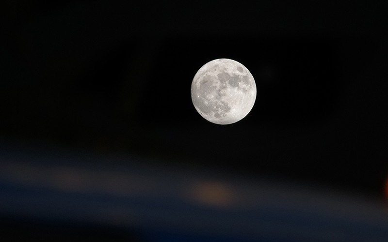 ngắm trăng