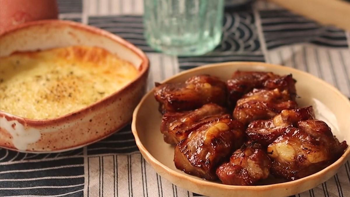 Sườn cuộn phô mai và sườn cuộn bacon