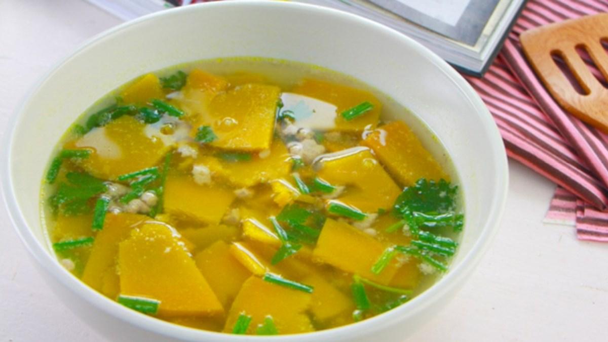 2 cách nấu canh bí đỏ với tôm và thịt băm thơm ngon, bổ dưỡng
