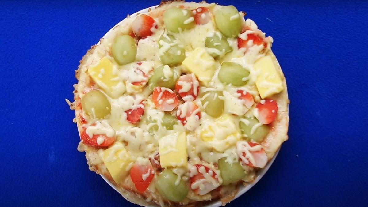 Pizza trái cây