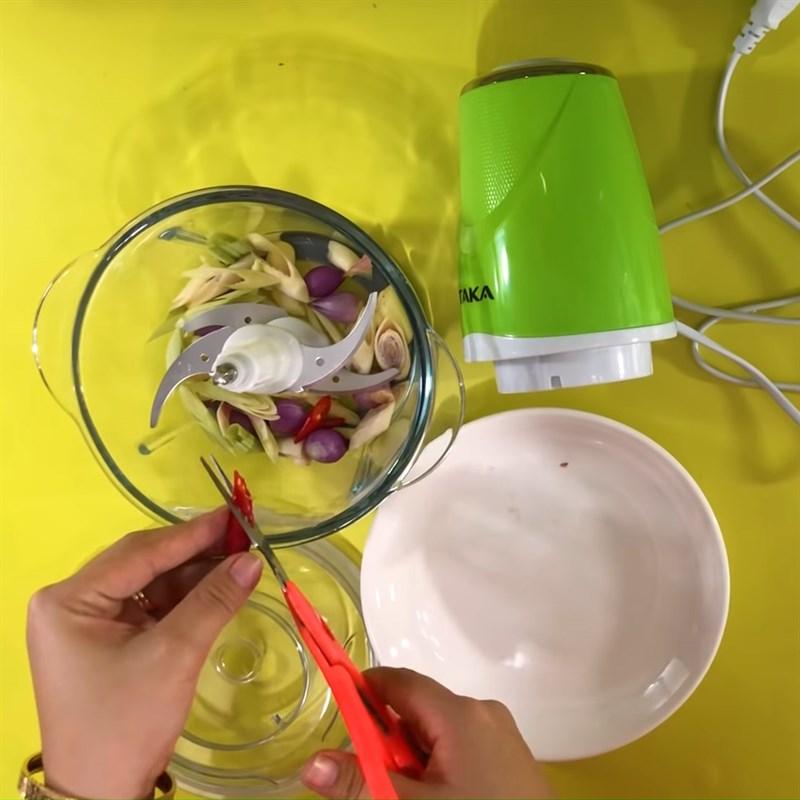 Bước 1 Sơ chế nguyên liệu Vú heo nướng chao