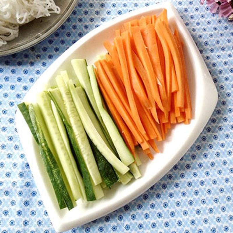 Bước 2 Sơ chế rau củ Cá thu nướng rau củ