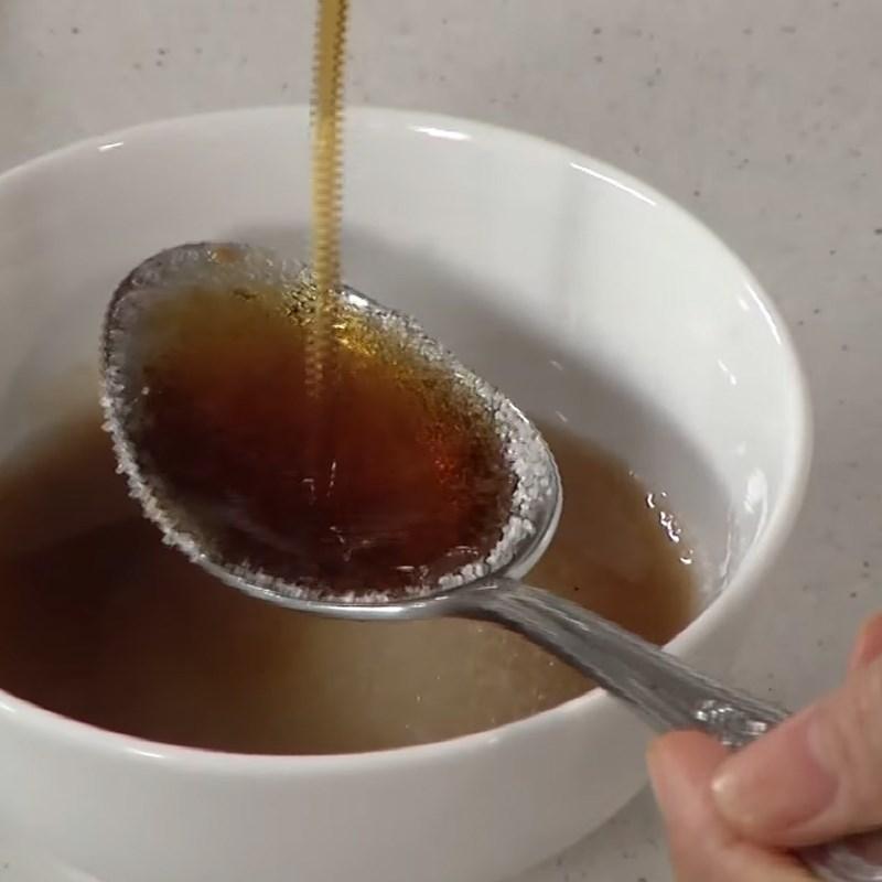 Bước 5 Làm nước chấm me Lươn nướng thịt xông khói cuộn lá dứa