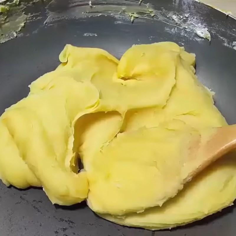 Bước 3 Sên nhân đậu xanh Bánh trung thu dẻo nhân đậu xanh