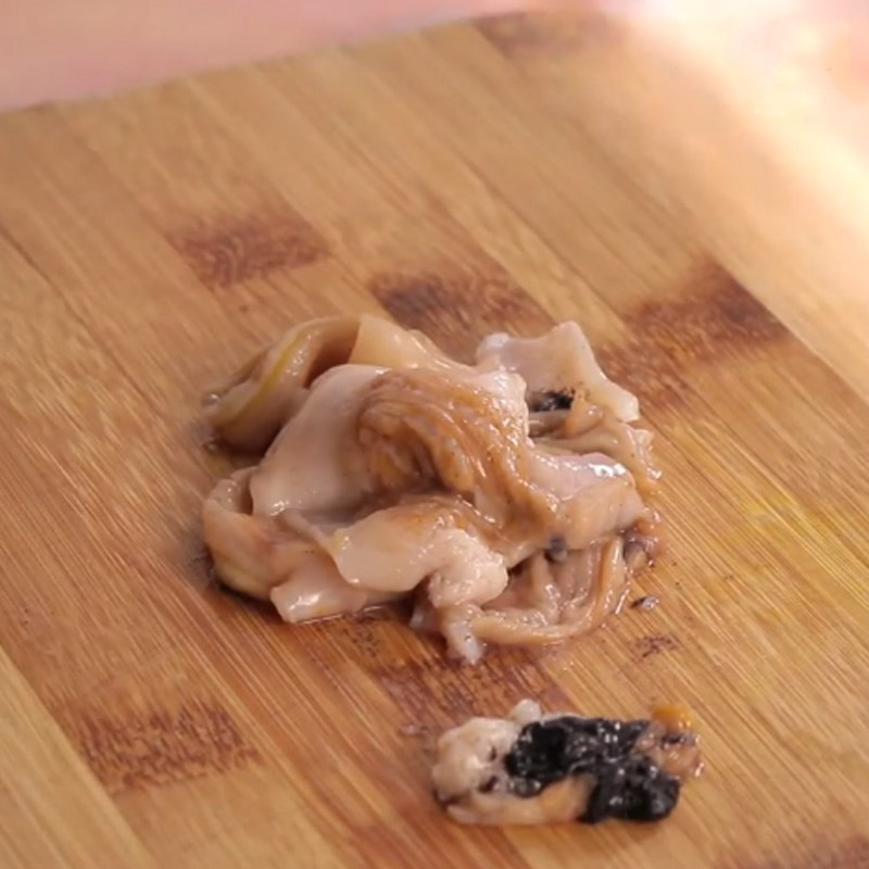 Bước 1 Sơ chế sò Sò bơ Mỹ nướng sốt Thái