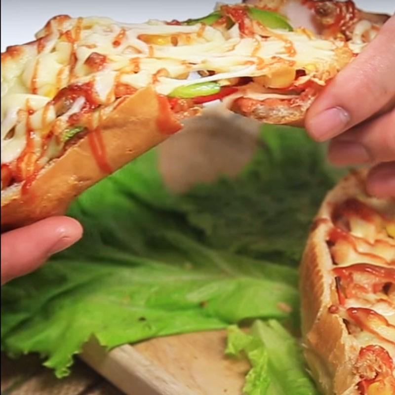 Bước 5 Thành phẩm Pizza chiếc thuyền