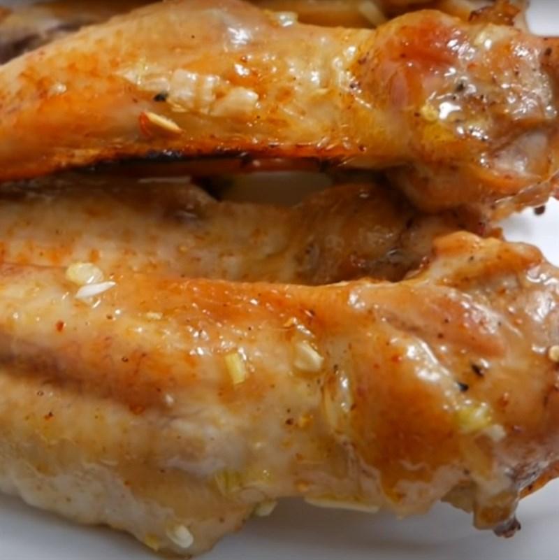 Bước 4 Thành phẩm Cánh gà nướng bơ tỏi
