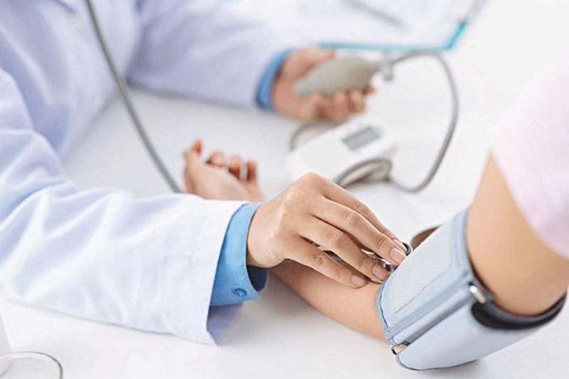 Vitamin C kiểm soát huyết áp cao