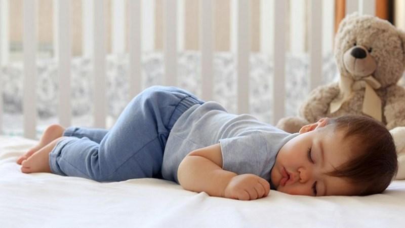 Rau ngót có tác dụng chữa mồ hôi trộm ở trẻ