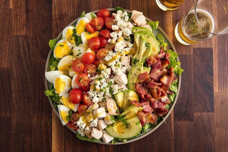 Nguyên liệu chính tạo nên món salad