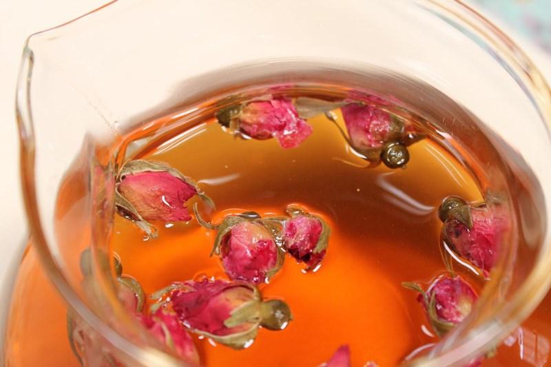 lưu ý khi sử dụng trà hoa hồng