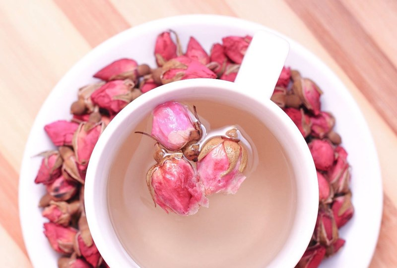 các lưu ý khi pha trà hoa hồng