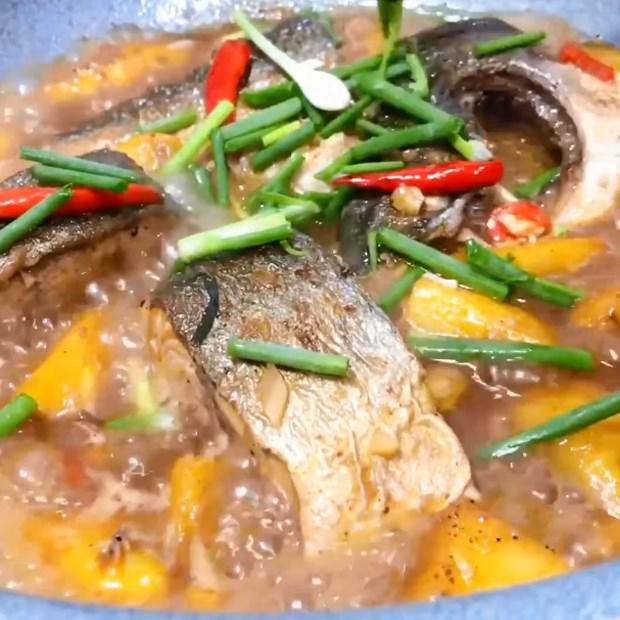 2 cách làm cá cam kho thơm và kho gừng