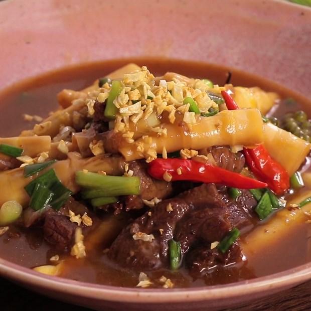 3 Cách làm bắp bò kho măng, sả ớt và thơm (dứa)