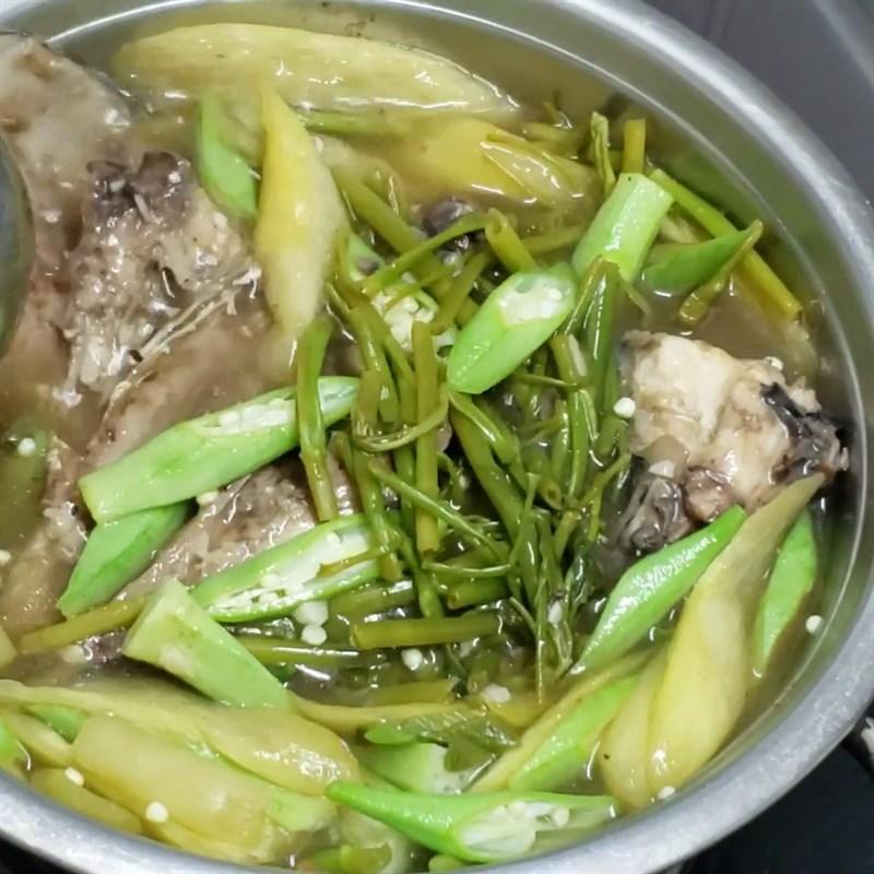 Bước 3 Nấu canh Canh chua đầu cá thu rau muống