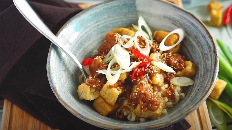 Mì Udon sốt bơ đậu phộng