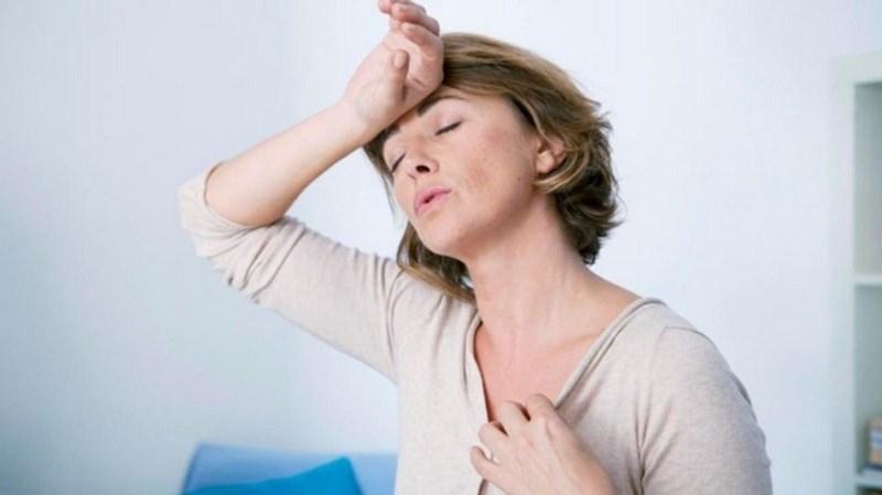Cam thảo giảm các triệu chứng mãn kinh