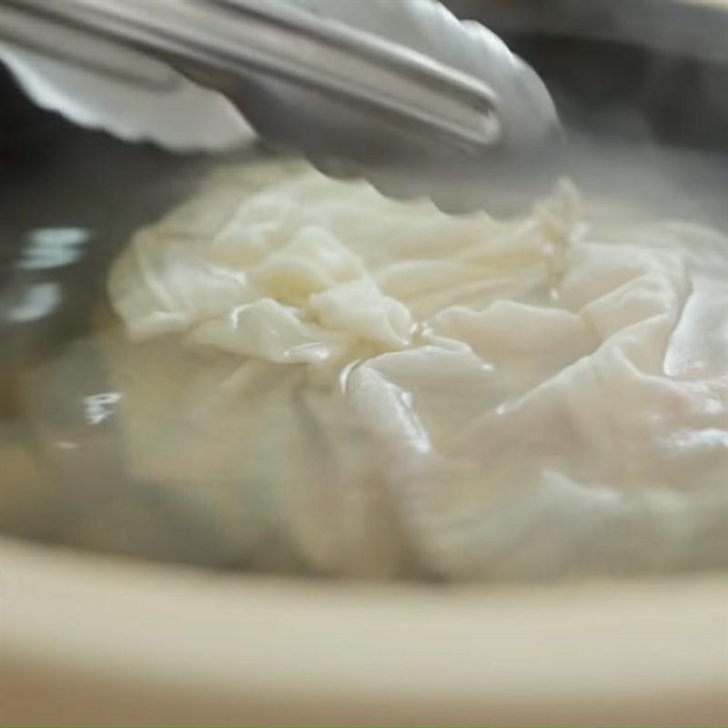 Bước 5 Nấu cháo Cháo hải sản tôm hùm