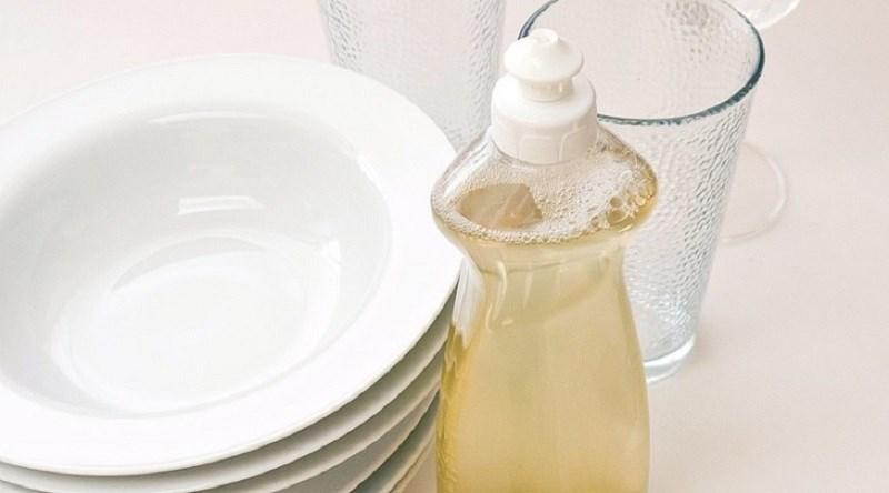 Chú ý đến hạn sử dụng của nước rửa chén thiên nhiên