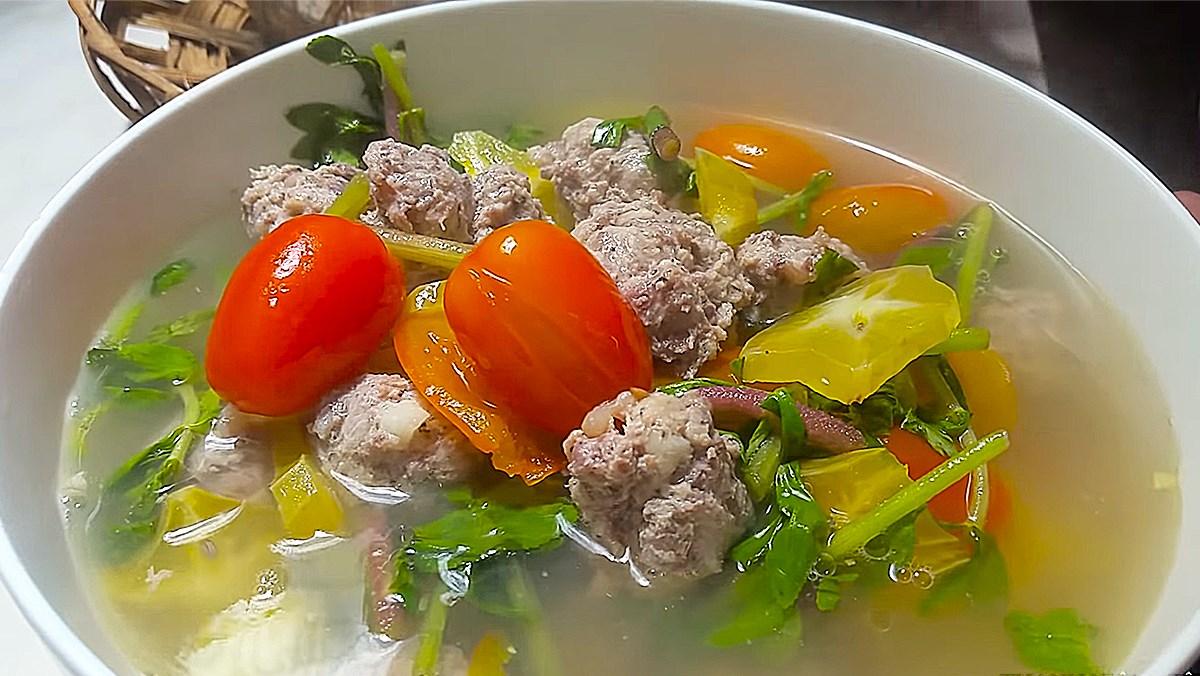 Cách nấu canh thịt bò nấu khế ngon đơn giản thanh nhiệt