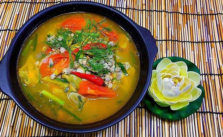 4 cách nấu canh hến nấu chua, bầu, rau muống và kim chi