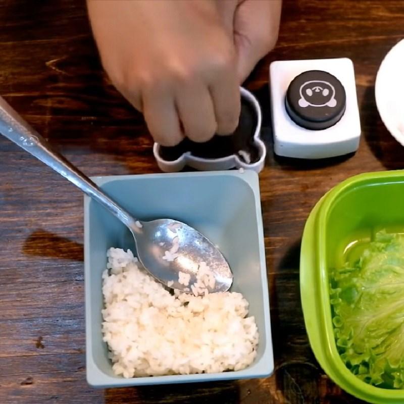 Bước 5 Làm cơm bento Cơm bento gấu trúc