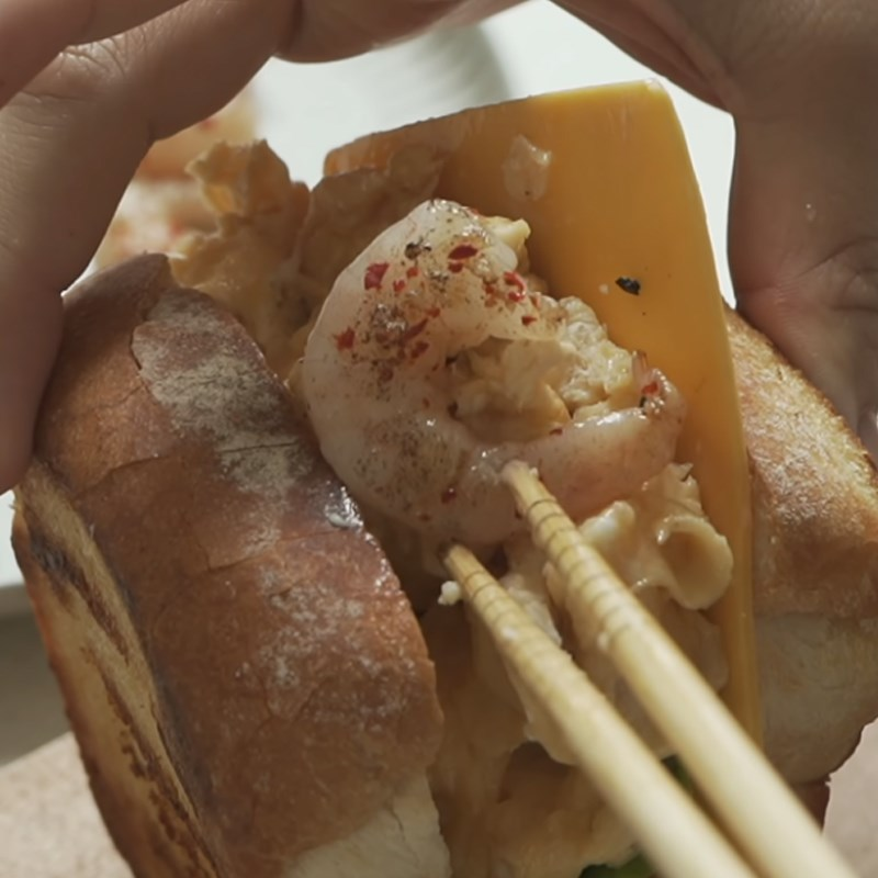 Bước 6 Kẹp bánh Sandwich trứng kiểu Hàn