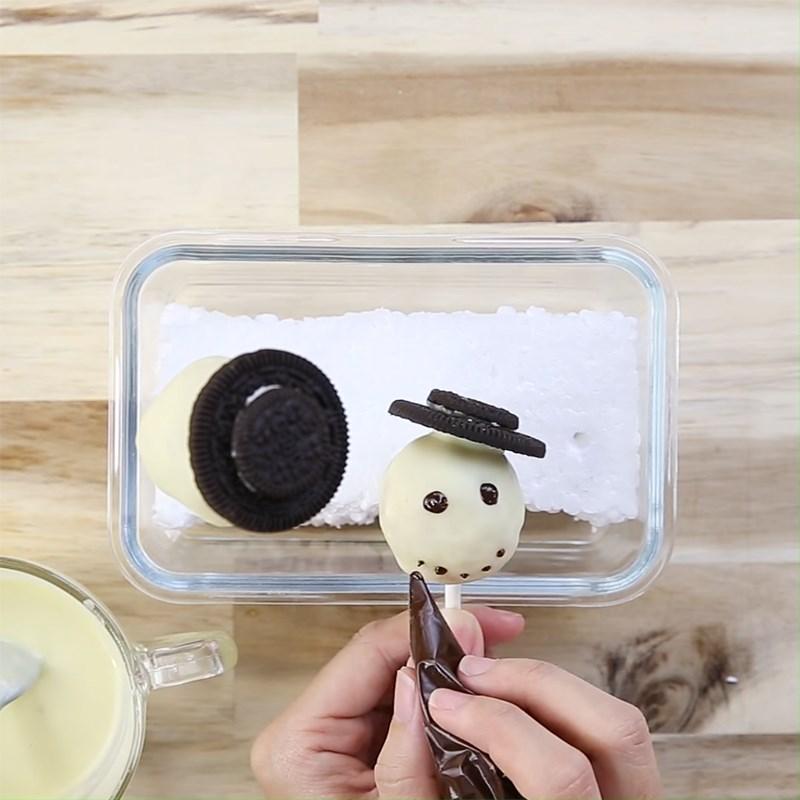 Bước 3 Tạo hình người tuyết Bánh cake pop