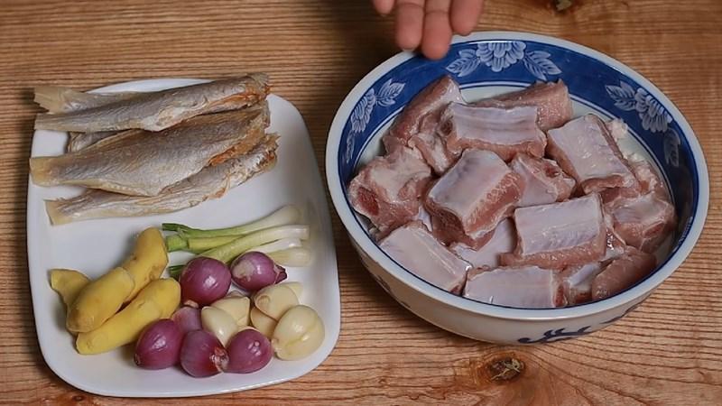 Nguyên liệu món ăn sườn hấp chua ngọt