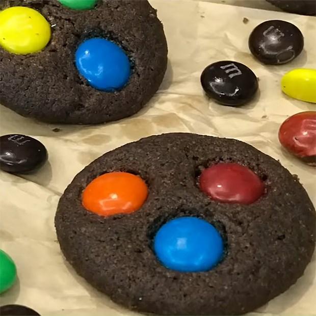 Bánh quy socola M&M giòn