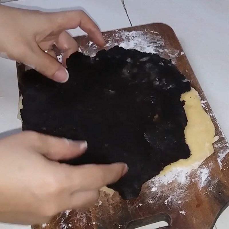 Bước 3 Cán bột và tạo hình Bánh tai heo (công thức được chia sẻ từ người dùng)
