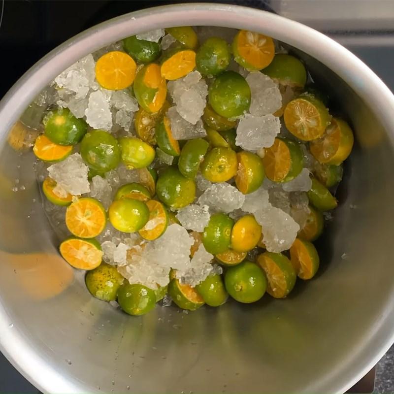 Bước 3 Nấu siro Siro húng quất đường phèn diếp cá lá hẹ