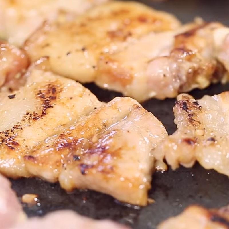 Bước 3 Nướng thịt Bún chả Hà Nội