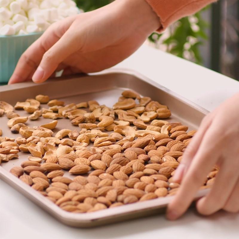 Bước 1 Rang chín hạt Kẹo Nougat chanh sữa dừa