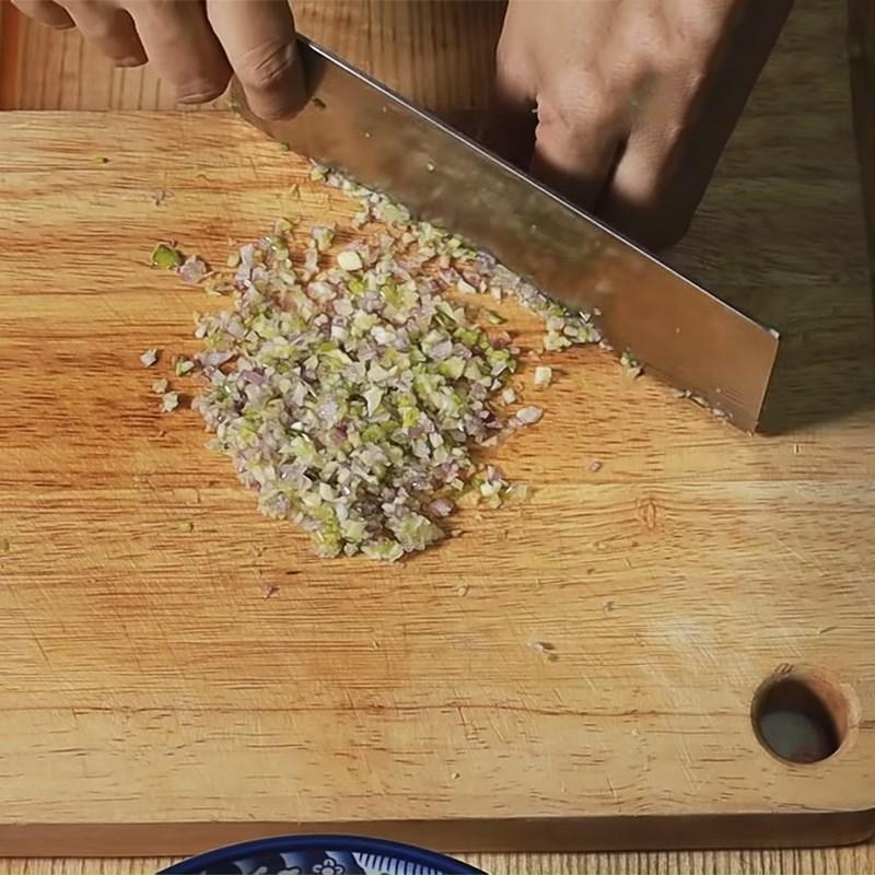 Bước 1 Sơ chế nguyên liệu Cách làm giò dăm bông thịt heo