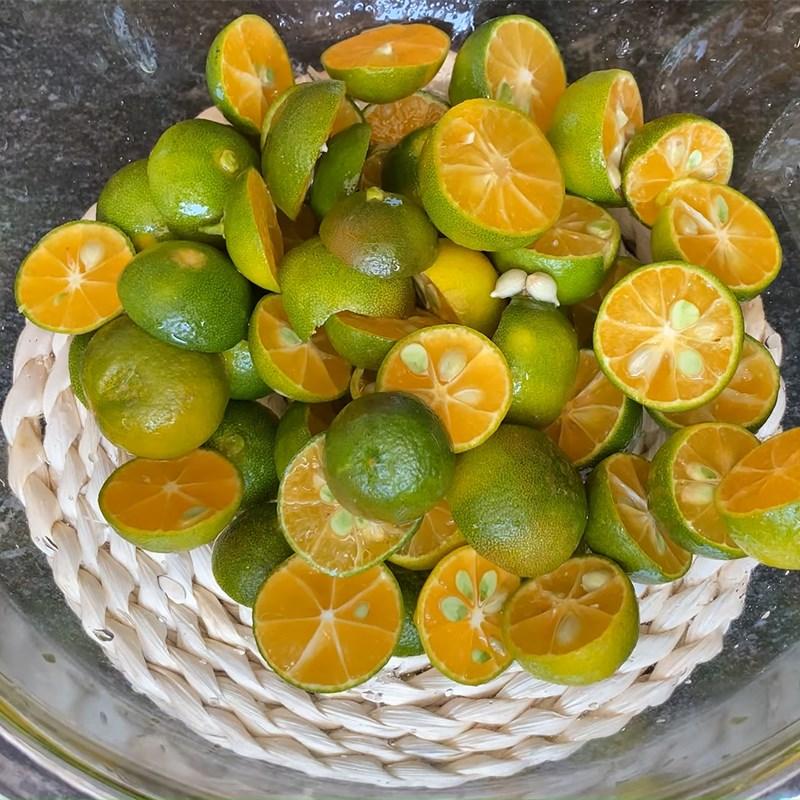 Bước 1 Sơ chế nguyên liệu Siro húng quất đường phèn diếp cá lá hẹ